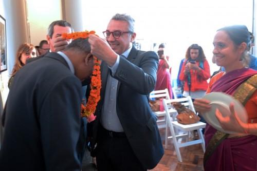 3-julio-zamora-recibe-al-embajador-de-india-640x426